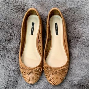 Forever 21 Brown Cutout Flats Bow Detail Size 6